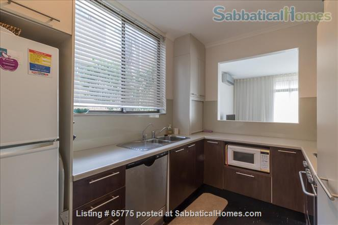 GORGEOUS GLEBE POINT! 2 BED SUNNY UNIT NEAR SYD HARBOUR...CLOSE (CAN GENUINELY WALK!) TO SYDNEY UNI AND UTS Home Rental in Glebe, NSW, Australia 5