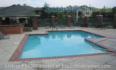 Boulder Colorado, Beautiful Townhome, 2BR, 2 Bath, fully furnished, seasonal pool,  covered parking. Home Exchange in Boulder, Colorado, United States 1