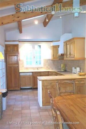 Lovely 3 bedroom - 2 bath home in peaceful setting, 2 miles from the historic center, lovely environment.  Home Rental in Aix-en-Provence, Provence-Alpes-Côte d'Azur, France 3