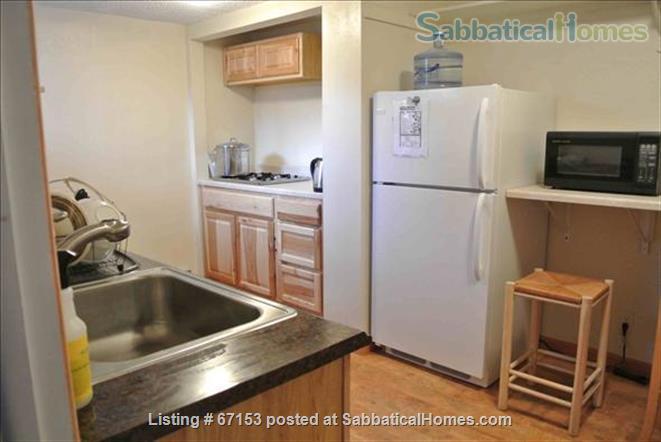 Large Private Master Bedroom Suite, Boulder Colorado Home Rental in Boulder, Colorado, United States 2