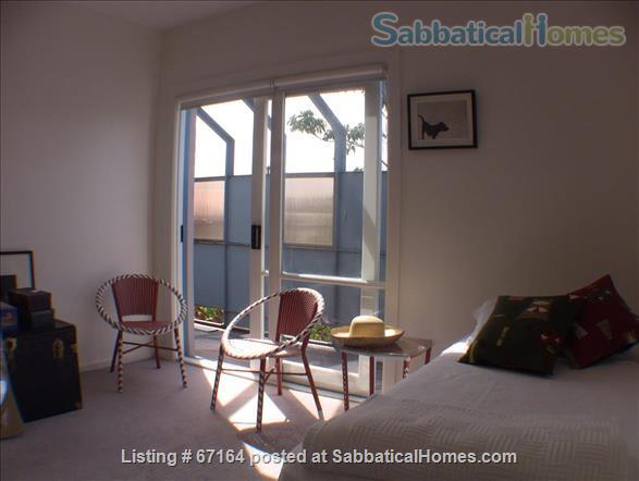 Very close to the city, parkland and public transport.  Home Rental in Clifton Hill, Victoria, Australia 6
