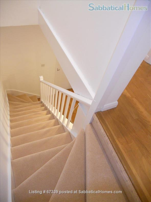 Light,  spacious, central London 2-floor apartment.  Superb transport links. Home Rental in London, England, United Kingdom 3