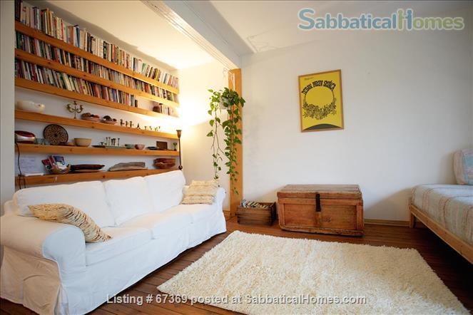 Beautiful 4 bedroom Mile End Montreal house with sunny backyard next to park Home Rental in Montréal, Québec, Canada 0