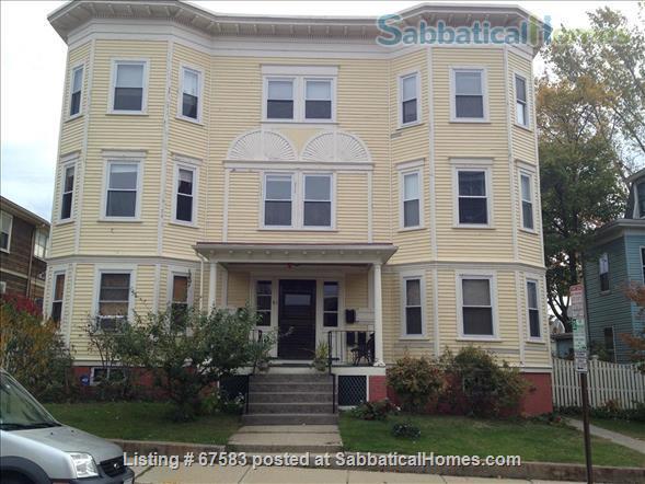 Sunny, quiet 2-bedroom apartment in top floor of Somerville Victorian. Home Rental in Somerville, Massachusetts, United States 0