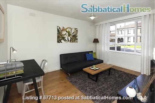 East Melb 1bed apt - Walk to Melb U and CBD  Home Rental in East Melbourne, VIC, Australia 3