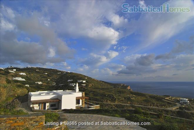 Luxurious Villa on Sifnos, the Jewel of the Cycladic Islands Home Rental in Kastro, , Greece 2