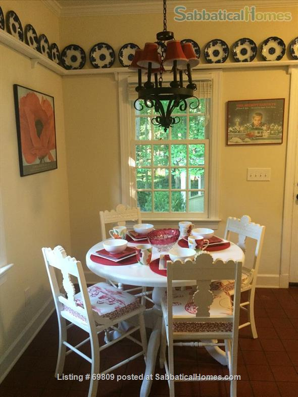 Chapel Hill Treasure on Franklin St - Fully furnished, walk to campus and downtown  Home Rental in Chapel Hill, North Carolina, United States 5