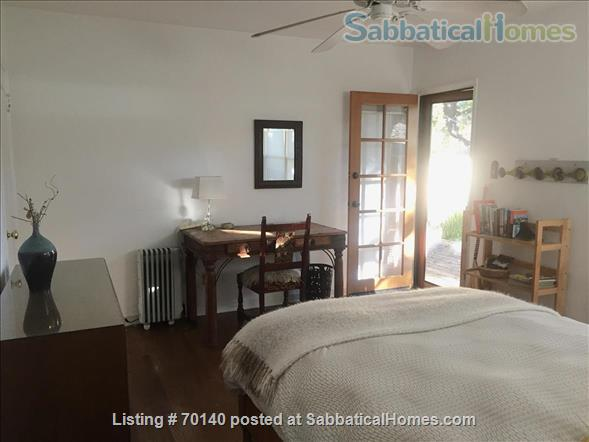 1920's California Bungalow, Pvt. 1 bdrm, bath, kitchenette, and entrance Home Rental in South Pasadena, California, United States 3