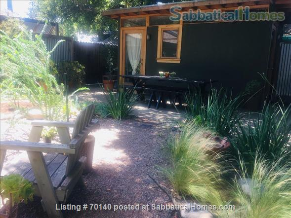 1920's California Bungalow, Pvt. 1 bdrm, bath, kitchenette, and entrance Home Rental in South Pasadena, California, United States 7