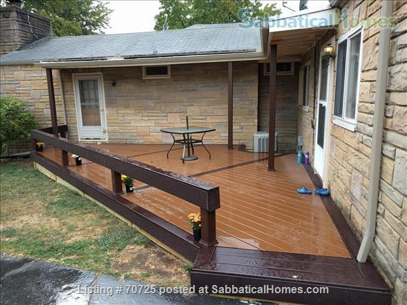 3 Bedroom House, Fully Furnished, in Desirable Quiet Champaign Neighborhood Home Rental in Champaign, Illinois, United States 0