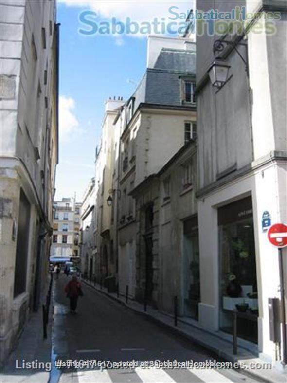 Marais (Archives) - sunny, newly renovated 1 br apartment Home Rental in Paris, IDF, France 1