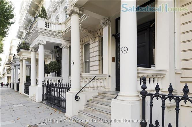 Airy studio apartment in one of London's most  delightful and prestigious streets Home Rental in South Kensington, England, United Kingdom 1