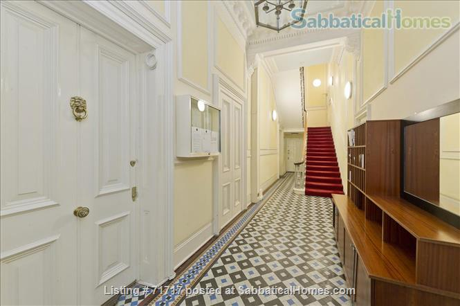 Airy studio apartment in one of London's most  delightful and prestigious streets Home Rental in South Kensington, England, United Kingdom 2