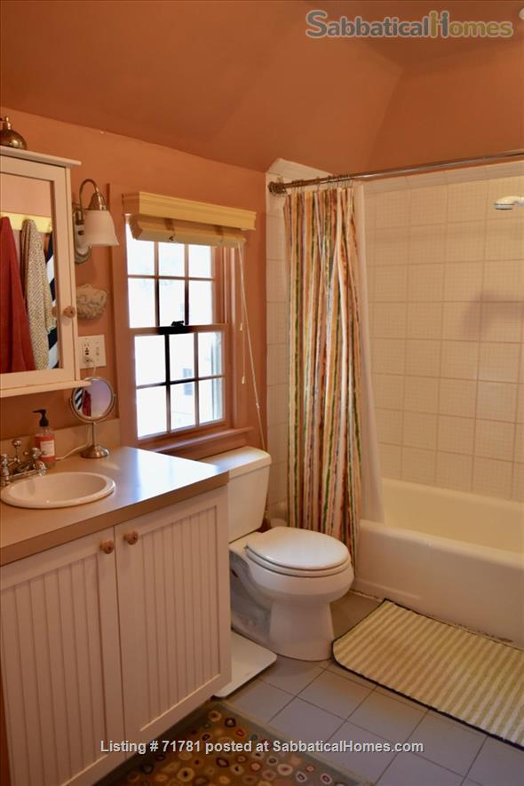 Carriage House on Coolidge (Furnished/2 BR)(Nr Bos., Cambr. & Med. Area) Home Rental in Brookline, Massachusetts, United States 5