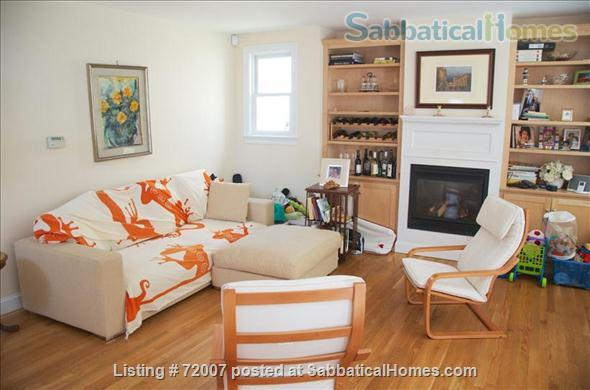 Furnished, sunny townhouse in Cambridge, 3BR/2.5BA  Home Rental in Cambridge, Massachusetts, United States 0