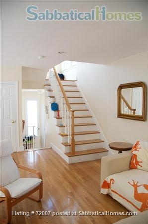 Furnished, sunny townhouse in Cambridge, 3BR/2.5BA  Home Rental in Cambridge, Massachusetts, United States 4