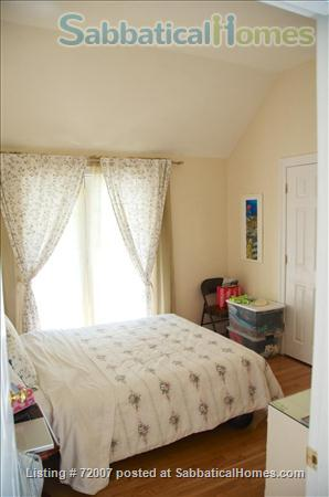 Furnished, sunny townhouse in Cambridge, 3BR/2.5BA  Home Rental in Cambridge, Massachusetts, United States 5