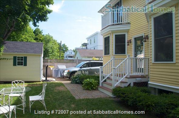 Furnished, sunny townhouse in Cambridge, 3BR/2.5BA  Home Rental in Cambridge, Massachusetts, United States 1