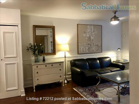 Beautiful Large 2000 SF (195M2)  3 bedroom Apt with large Balcony. Your home away from home in the High Park / Roncesvalles/Bloorwest area  Home Exchange in Toronto, Ontario, Canada 0