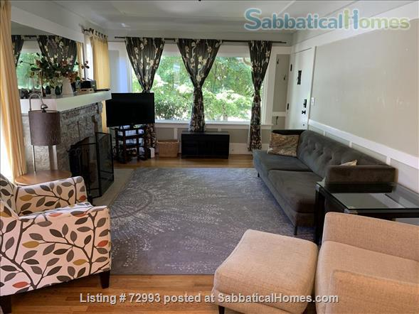 Gorgeous home, close to Berkeley, sunny backyard & parking space Home Rental in Oakland, California, United States 9