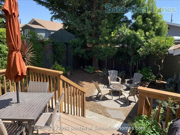 Gorgeous home, close to Berkeley, sunny backyard & parking space Home Rental in Oakland, California, United States 2