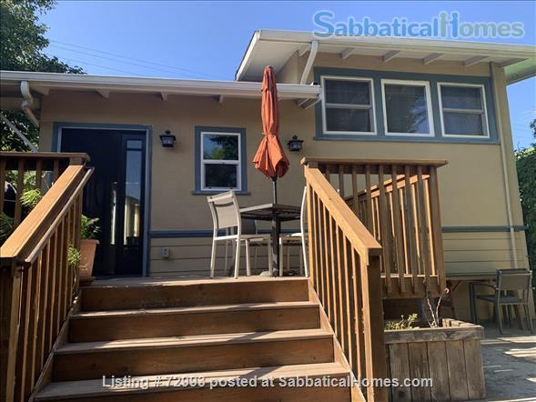 Gorgeous home, close to Berkeley, sunny backyard & parking space Home Rental in Oakland, California, United States 5