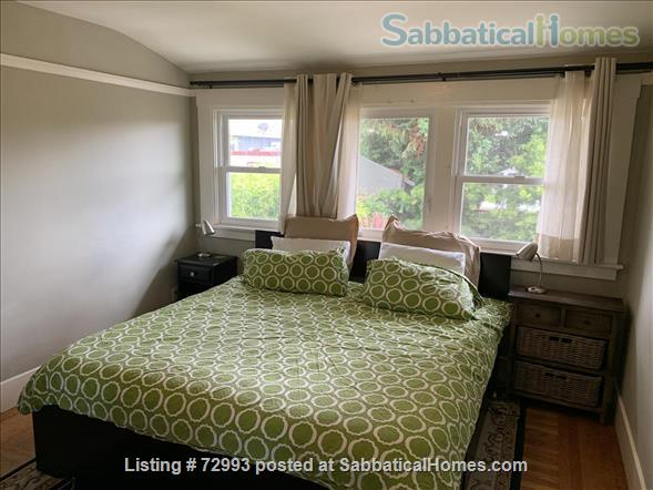 Gorgeous home, close to Berkeley, sunny backyard & parking space Home Rental in Oakland, California, United States 8