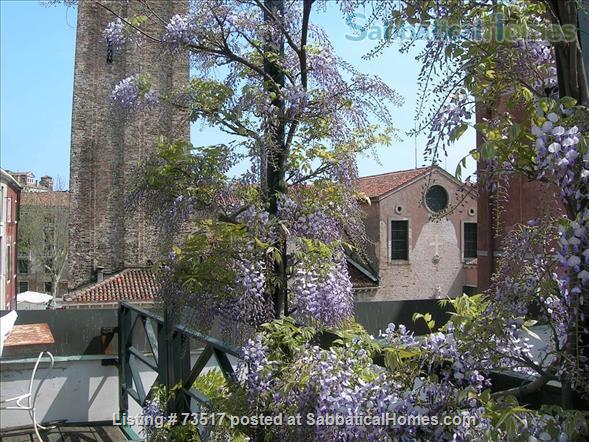 A beautiful large house in the heart of Venice  Home Rental in Venezia, Veneto, Italy 2
