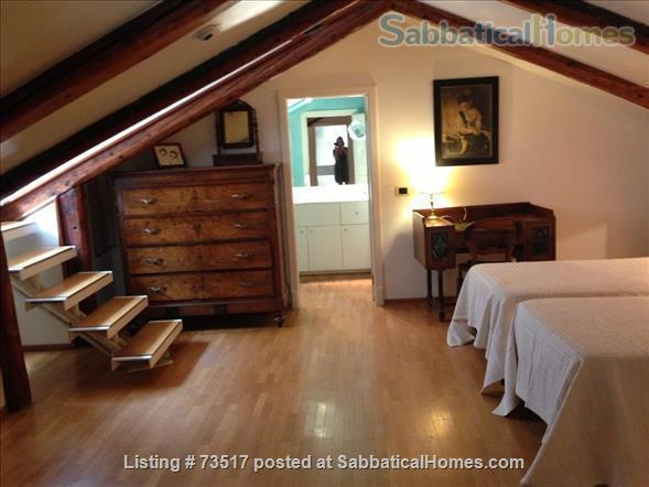 A beautiful large house in the heart of Venice  Home Rental in Venezia, Veneto, Italy 4
