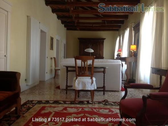 A beautiful large house in the heart of Venice  Home Rental in Venezia, Veneto, Italy 7