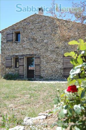 Peaceful 3 bedroom house with garden in a hamlet in Luberon, Provence  Home Rental in Saint-Martin-de-Castillon, PACA, France 1