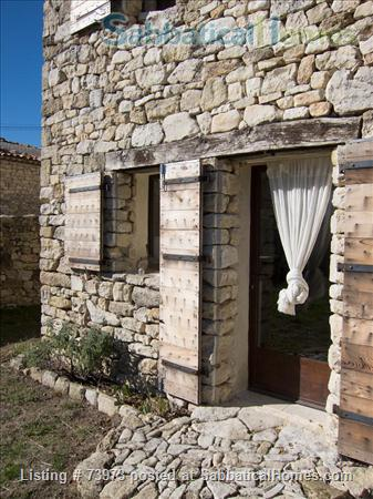Peaceful 3 bedroom house with garden in a hamlet in Luberon, Provence  Home Rental in Saint-Martin-de-Castillon, PACA, France 6