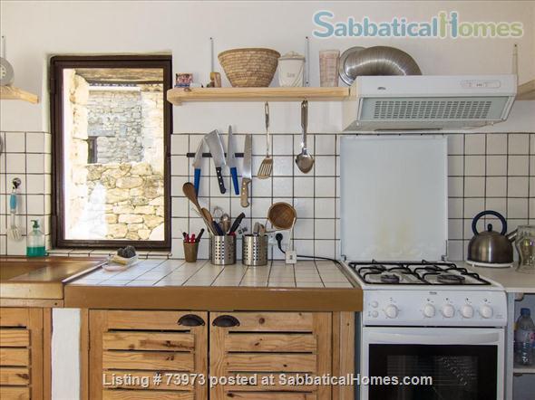 Peaceful 3 bedroom house with garden in a hamlet in Luberon, Provence  Home Rental in Saint-Martin-de-Castillon, PACA, France 7
