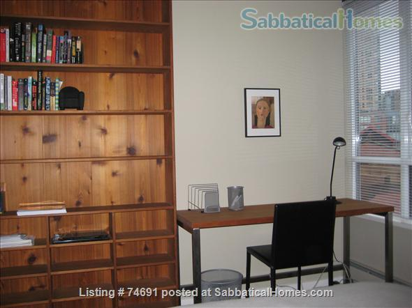 Spacious 2bdrm 2bath Yaletown Condo. All utilities included. Steps from downtown parks, seawall, community centre, theatres, restaurants, art galleries, shops and a school. Home Rental in Vancouver, British Columbia, Canada 9