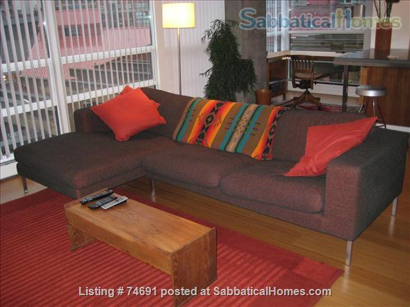 Spacious 2bdrm 2bath Yaletown Condo. All utilities included. Steps from downtown parks, seawall, community centre, theatres, restaurants, art galleries, shops and a school. Home Rental in Vancouver, British Columbia, Canada 0