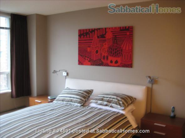 Spacious 2bdrm 2bath Yaletown Condo. All utilities included. Steps from downtown parks, seawall, community centre, theatres, restaurants, art galleries, shops and a school. Home Rental in Vancouver, British Columbia, Canada 5
