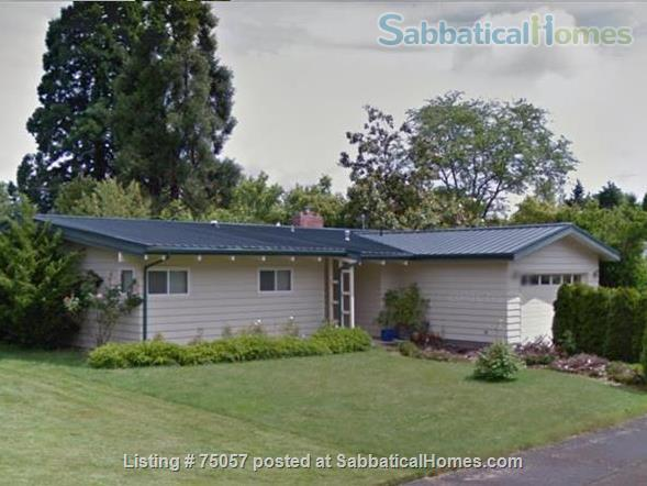 College Hill - Walk to OSU - 4 Bedrooms, Dual Master Home Rental in Corvallis, Oregon, United States 9