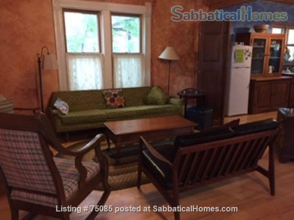 2 Bedroom 'Cottage in the City' on Near Eastside Near Everything Home Rental in Madison, Wisconsin, United States 9