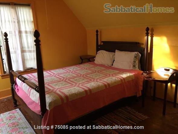 2 Bedroom 'Cottage in the City' on Near Eastside Near Everything Home Rental in Madison, Wisconsin, United States 6