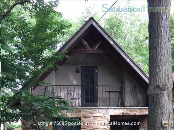 2 Bedroom 'Cottage in the City' on Near Eastside Near Everything Home Rental in Madison, Wisconsin, United States 7