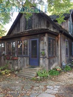 2 Bedroom 'Cottage in the City' on Near Eastside Near Everything Home Rental in Madison, Wisconsin, United States 8
