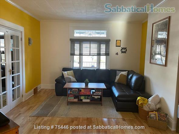 Beautiful house in a very convenient location in Pittsburgh, PA Home Rental in Pittsburgh, Pennsylvania, United States 6