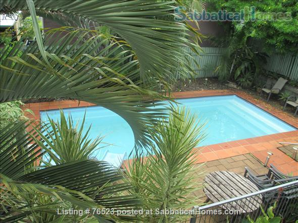 Traditional 'Queenslander' apartment central to Brisbane Home Rental in Highgate Hill, QLD, Australia 1
