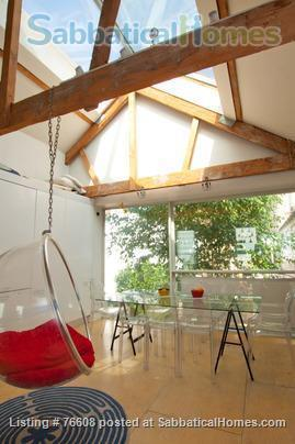 Large light-filled house, London - great for children Home Rental in London, England, United Kingdom 2