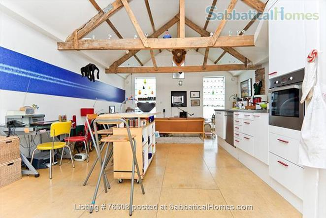 Large light-filled house, London - great for children Home Rental in London, England, United Kingdom 3