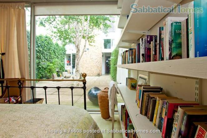 Large light-filled house, London - great for children Home Rental in London, England, United Kingdom 4