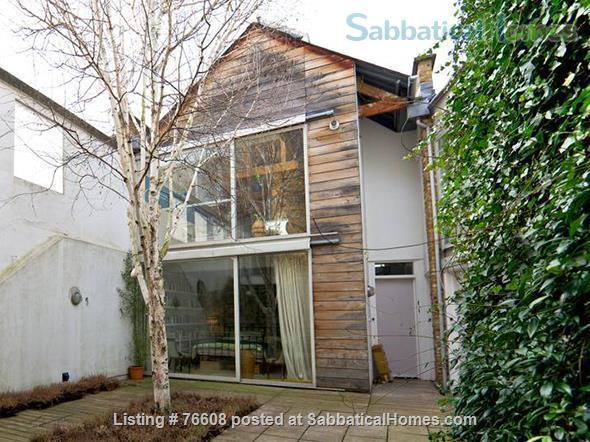 Large light-filled house, London - great for children Home Rental in London, England, United Kingdom 5