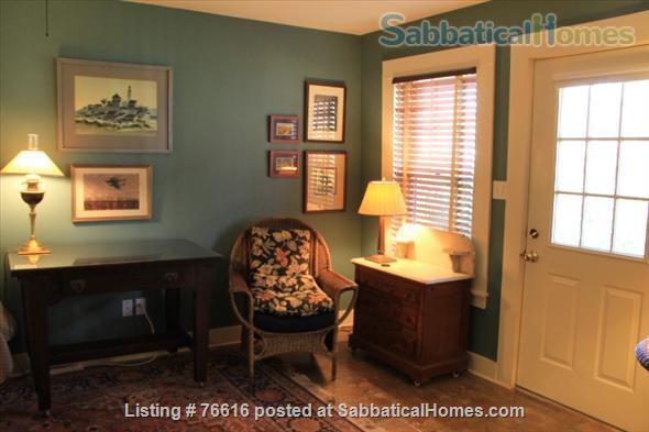 Carriage Hse in Central Austin nr Univ of Tx/Hyde Park Home Rental in Austin 2