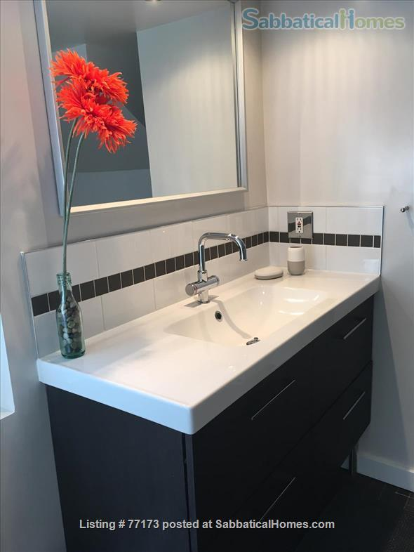 Fully  furnished  one bedroom suite. Close to UBC, amenities, transportation, downtown. Home Rental in Vancouver, British Columbia, Canada 9