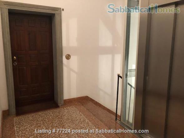 Prestigious flat in Santo Stefano,  Bologna.   Quiet, 3 Wi-Fi workstations. Home Rental in Bologna 9